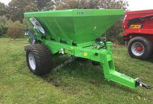 UNIA RCW3000 Fertilizer/Manure Spreader Fertilizer/Slurry Equip
