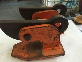 Plate Lifting Clamp set of 2 PWB Anchor 60mm opening x 5 ton per pair - picture3' - Click to enlarge