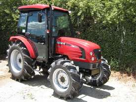 Case IH Farmall 60B FWA/4WD Tractor - picture6' - Click to enlarge