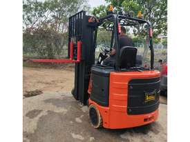 Bendi B40, 1.8Ton (7m Lift) Articulated Narrow Aisle Electric Forklift - picture2' - Click to enlarge