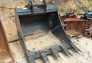 Excavator GP Digging Bucket Hogan 1200 Wide Tiger Teeth