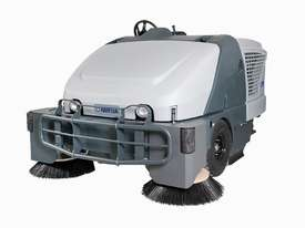 Ride On Sweeper- Diesel SW8000 - picture0' - Click to enlarge