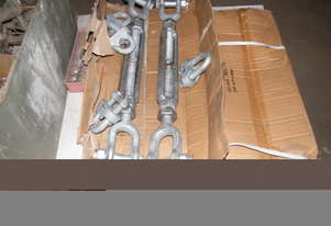 Galvanized turnbuckles galvenized