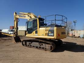 Komatsu PC200-8 Excavator - picture1' - Click to enlarge