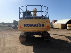 Komatsu PC200-8 Excavator - picture2' - Click to enlarge