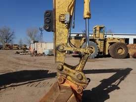Komatsu PC200-8 Excavator - picture6' - Click to enlarge