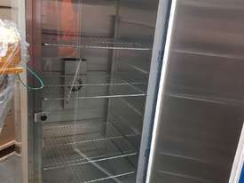 Laboratory Incubator - picture2' - Click to enlarge
