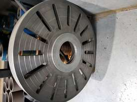 Lathe - 3000mm between centres, 630mm swing - picture9' - Click to enlarge