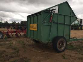 Custom Outback Chaff Cart Multifunction Unit Harvester/Header - picture2' - Click to enlarge
