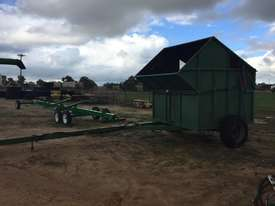 Custom Outback Chaff Cart Multifunction Unit Harvester/Header - picture0' - Click to enlarge