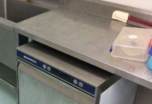 Wash tech XU Economy under bench commercial dishwasher