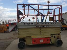 32ft Electric scissor lift JLG - picture1' - Click to enlarge