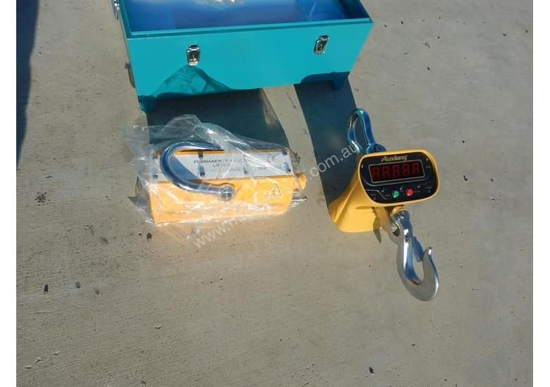 Magnetic Lifter 2Ton & 5Ton with Scale