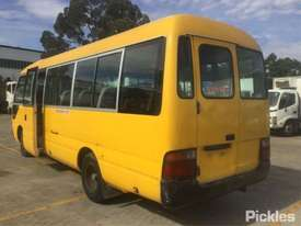 1998 Toyota Coaster - picture2' - Click to enlarge