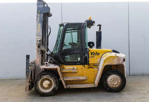 9.0T Diesel Counterbalance Forklift