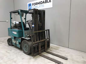 Daewoo G25 LPG / Petrol Counterbalance Forklift - picture1' - Click to enlarge