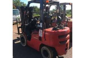 Nissan F2A25U, 2.5Ton (Lift 4.3m) Container Entry, LPG Forklift