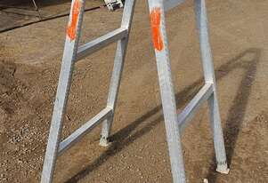 6ft (1.8m) Aluminium Adjustable Trestle