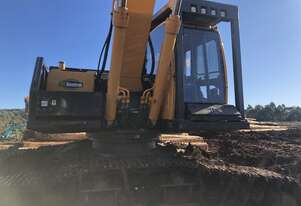 2015 Hyundai R250LC-9HC Log Loader