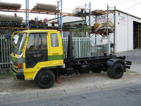 Hooklift - picture0' - Click to enlarge
