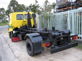 Hooklift - picture3' - Click to enlarge