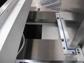 NT40 Milling Machjine, (X/Y/Z) 1120/820/440mm, Servo Feed - picture4' - Click to enlarge