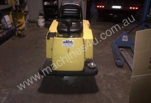 KARCHER KMR 1200 NEW NEW ONLY 560HRS