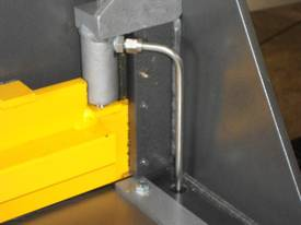 2470mm x 4mm Australian made hydraulic guillotine  - picture6' - Click to enlarge