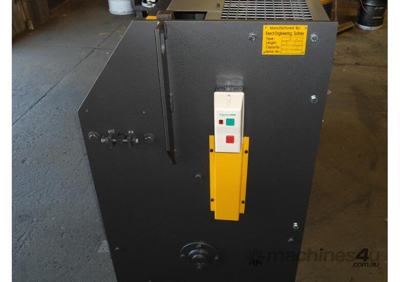 2470mm x 4mm Australian made hydraulic guillotine