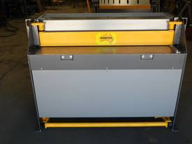 2470mm x 4mm Australian made hydraulic guillotine  - picture0' - Click to enlarge
