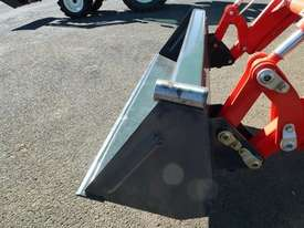 Agco hay prongs-suit FEL bucket - picture1' - Click to enlarge