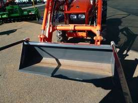 Agco hay prongs-suit FEL bucket - picture2' - Click to enlarge