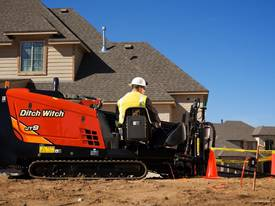 Ditch Witch JT922, 9k lbs compact directional dril