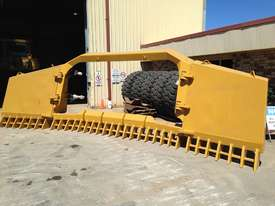 BEDROCK DI FOLDING STICKRAKE Rake Attachments - picture2' - Click to enlarge