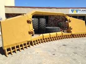 BEDROCK DI FOLDING STICKRAKE Rake Attachments - picture3' - Click to enlarge