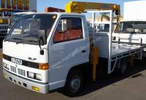 Isuzu   ELF WITH CRANE