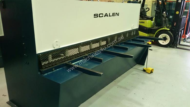 Used 2015 Scalen 6MM X 3M Hydraulic Guillotine in ...