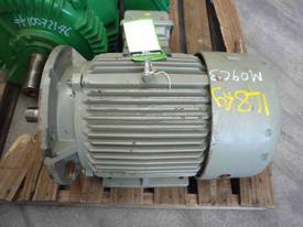 CMG 20HP 3 PHASE ELECTRIC MOTOR/ 2900RPM - picture1' - Click to enlarge