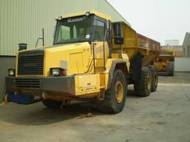 PARTS AND WRECKING ARTICULATED  DUMP TRUCK - picture1' - Click to enlarge