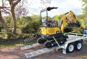 New Carter CT16 Mini Excavator / Mini Digger with Trailer and 3 x buckets
