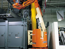 JLG E300AJP Electric Boom Lift - picture8' - Click to enlarge