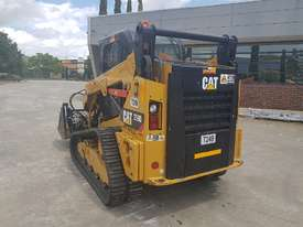 2017 CAT 259D TRACKED LOADER - picture1' - Click to enlarge