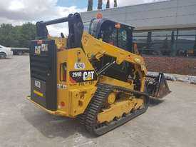 2017 CAT 259D TRACKED LOADER - picture4' - Click to enlarge