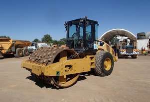 Cat CS56 Smooth Drum Roller with Sheels