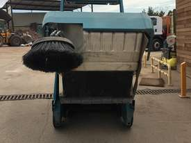 Industrial Ride On Sweeper  - picture4' - Click to enlarge