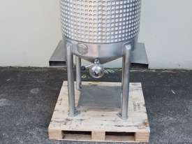 Stainless Steel Dimple Jacketed Mixing Tank - picture1' - Click to enlarge