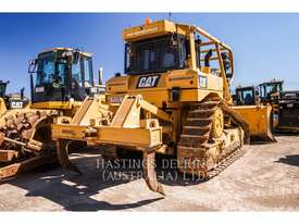 CATERPILLAR D6TVP Track Type Tractors - picture3' - Click to enlarge