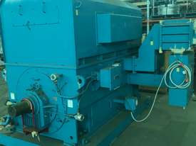 4150 kw 5500 hp 4 pole 6600 volt AC Electric Motor - picture0' - Click to enlarge