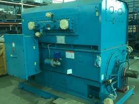 4150 kw 5500 hp 4 pole 6600 volt AC Electric Motor - picture2' - Click to enlarge