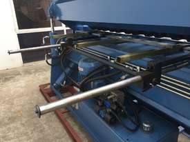 Heavy Duty 2500mm x 4mm Full Hydraulic NC Programmable Panbrake - picture4' - Click to enlarge